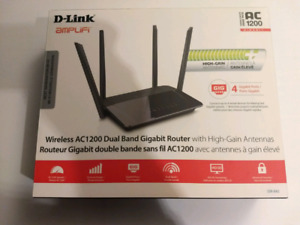 D-Link Amplifi Wireless AC1200 Dual Band Router