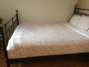 Queen Mattress with the base, good condition $150