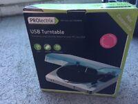 Brand new Record Deck - USB Turntable - Convert vinyl to MP3
