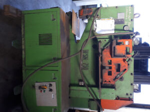 Iron worker 75 ton hydraulic 220/440