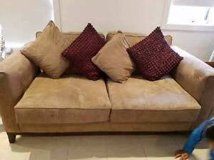Large 2 seater couch with 4 cushions Epping Whittlesea Area Preview