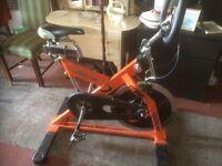 M800 se instyle exercise bike