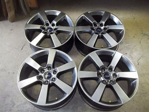 "Ford F150 Sport Wheel 20"" 2015 2016 - Perfect Condition Parfaite"