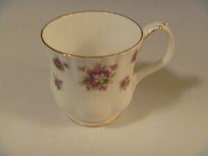 Royal Albert Sweet Violets Bone China Cup AS IS
