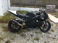 Suzuki K4 750 Track bike. V5