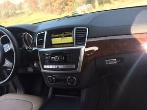 2012 Mercedes Benz ML 350  Cambridge Kitchener Area image 3