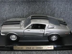 DIECAST ROAD SIGNATURE COLLECTION (DELUXE EDITION ) 1968 SHELBY