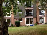 Two bed furnished flat in Cowley