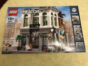 Lego 10251 Creator Expert Brick Bank Brand New Sealed Toys