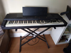 Yamaha YPP-55 keyboard with stand & sustain pedal