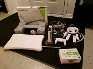 Wii & Games w/accessories *Nego*