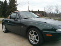 "1997 Mazda MX-5 Miata "" M "" edition Convertible"