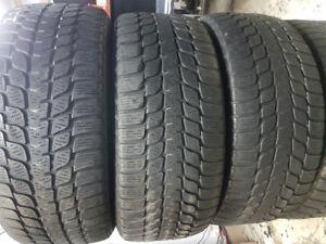 225/45R17 Bridgestone , 4 tire d'hiver run flat