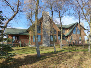 LAKEFRONT RENTAL - PRICE REDUCED! ONLY A FEW WKS LEFT