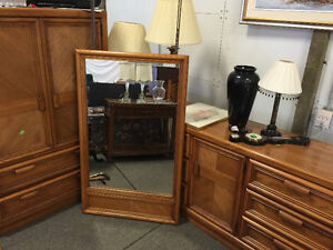 LIVE SPRING AUCTION! Lots of Furniture! Wed, May 25 @ 4pm