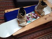 FORUM snowboard (146), boots (size 5), bindings and bag