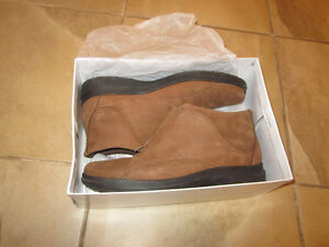 Women's fall/winter shoes size 10 London Ontario image 5