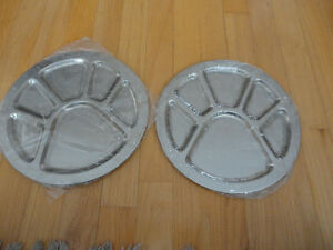 Stainless steel platters plates - set of 2 - Brand new