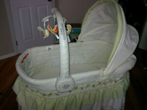 Bassinet - great condition