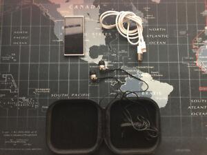 16GB 7thGen iPod Nano  +  Sennheiser Earphones