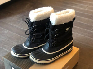 Sorel Women's Winter Boots FOR SALE