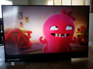 Mitsubishi HD tv.. 3d and Huge 73 inch