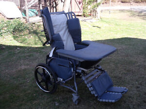 Deluxe Wheelchair Recliner