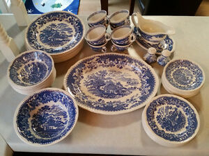 Seaforth Blue Woods and Sons English China 8 piece setting
