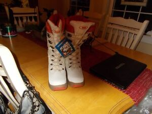 Cougar Winter Boots-New