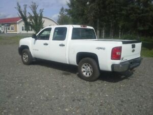 2010 CHEVROLET 1500 4X4 !! 4 DOOR !! 5.3 L V8 VORTEC !!