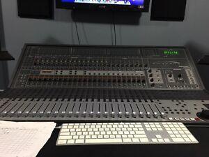 Protools HD w/ Control 24.