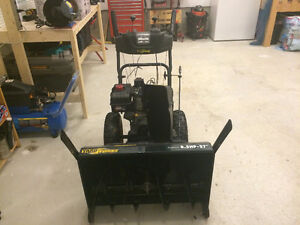 "YARDWORKS -  Snow Blower - 27"" cut, 8.5 hp. St. John's Newfoundland image 2"