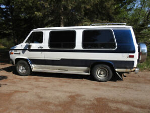 1993 GMC Vandura with Pacemaker Conversion