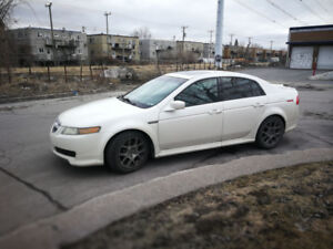 Acura TL 2004 White/Blanche - Well Maintained car
