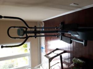 ST950 Infiniti elliptical trainer