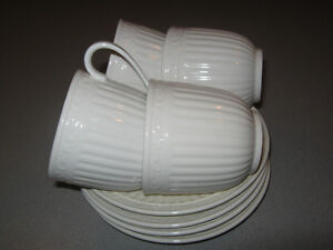 Mikasa Italian Countryside cups and saucers