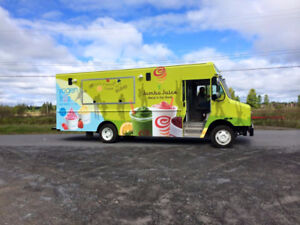 2016 FOOD TRUCK WITH ONLY 61,000KM! DON'T MISS YOUR CHANCE!