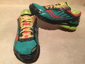 Women's Saucony Ride 6 Gore-Tex Running Shoes Size 9 London Ontario image 1