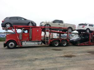 Car hauler Freightliner
