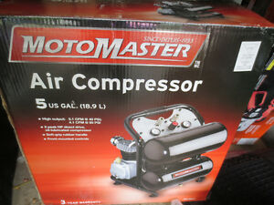 Motomaster 5 Gallon Twin-Stack Air Compressor