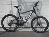 GIANT Dual Suspension Mountain Bike, never used