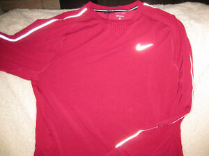NIKE DRY FIT RUNNING WEAR