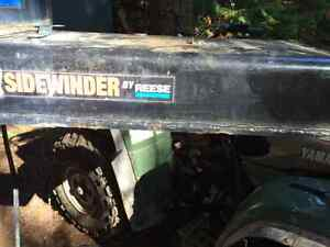 Sidewinder extended hitch