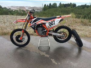 Red Bull factory edition Ktm