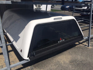 """Cabine LEER pour : TOYOTA TUNDRA DOUBLE CAB - 8'.0""""  2007-2013"""