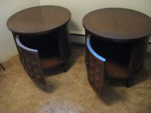 ((REDUCED)) Coffee table and end tables
