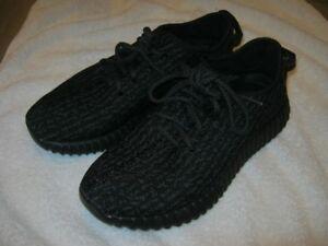 Like New Adidas Yeezy's Size 7 1/2