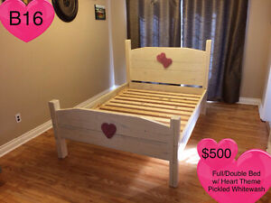 SOLID WOOD QUEEN BED W/ HEADBOARD, FOOTBOARD, RAILS AND SLATS Kingston Kingston Area image 8