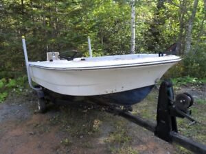 14 ft boat and motor \ trailer
