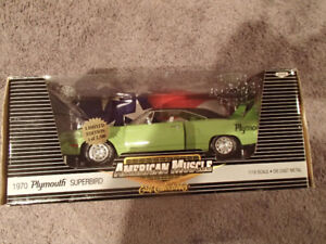 1:18 SCALE DIE-CAST AMERICAN MUSCLE 1970 PLYMOUTH SUPERBIRD